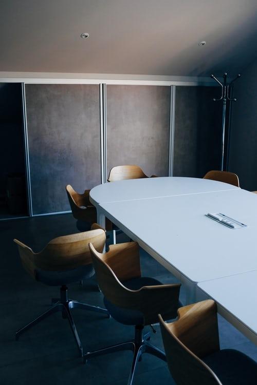 Clubhouse: Konferanserom eller møterom i digitalt markedsføringsbyrå